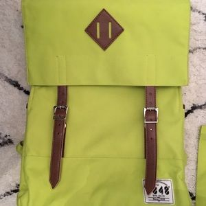 Vibrant backpack! BACK TO SCHOOL SPECIAL!!